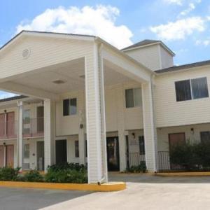Western Inn - Gonzales