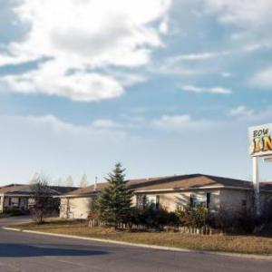 Hotels near Spray Lake Sawmills Family Sports Centre - Bow River Inn