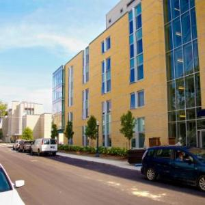 David C. Smith House -Queen's University
