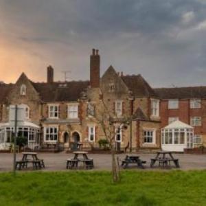 Hamlet Larkfield Priory Hotel