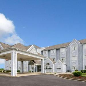 Econo Lodge Inn & Suites Evansville