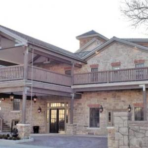 Hotels near Redeemer University - The Barracks Inn