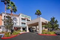 Courtyard By Marriott Oakland Airport