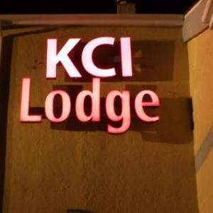 Econo Lodge Airport Kansas City MO, 64153
