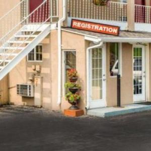 JD Legends Franklin Hotels - Econo Lodge Franklin