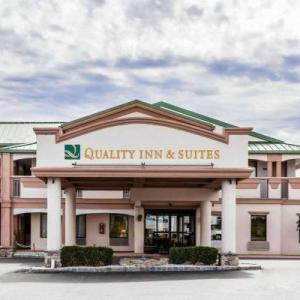 Hotels near Sellersville Theater 1894 - Quality Inn & Suites Quakertown