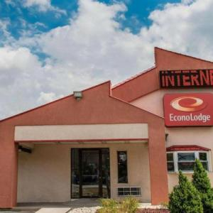 Hotels near Greer Cabaret Theater - Econo Lodge Pittsburgh