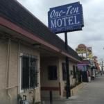 One Ten Motel