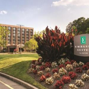 Hotels near Modlin Center for the Arts - Embassy Suites Hotel Richmond-commerce Center