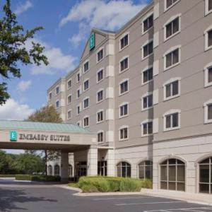 Hotels near Austin Country Club - Embassy Suites Hotel Austin-Arboretum