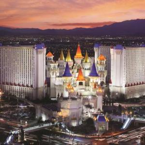 Zumanity Theatre Hotels - Excalibur Hotel And Casino