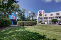 Motel 6 Virginia Beach Virginia Image