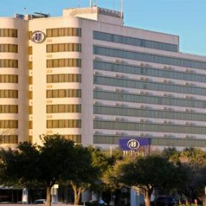 Cox McFerrin Center Hotels - Hilton College Station And Conference Center