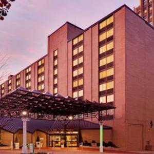 PPL Center Hotels - Holiday Inn Allentown