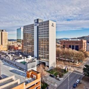 Hotels near Knoxville Civic Coliseum - Hilton Knoxville