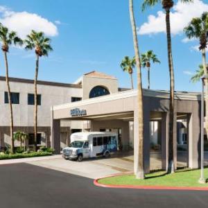 Hotels near Tempe Diablo Stadium - Hilton Phoenix Airport