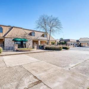 Rodeway Inn Suites And Conference Center