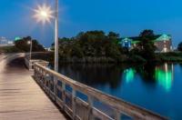 Holiday Inn Express Kent Island Image