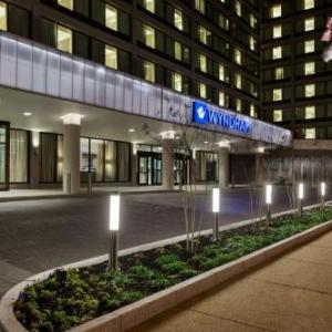 Hotels near Painted Bride Art Center - Wyndham Philadelphia-Historic District