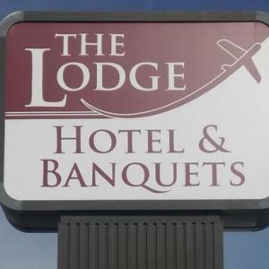 The Lodge Hotel & Banquets St. Louis Airport