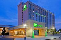 Hotels Near Crazy Horse Too Holiday Inn Philadelphia Stadium