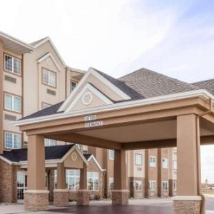 Scheels Arena Hotels - Microtel Inn & Suites by Wyndham West Fargo