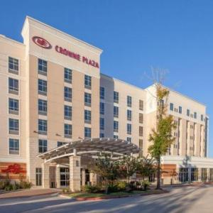 The Club at Carlton Woods Hotels - Holiday Inn Hotel and Suites Shenandoah-The Woodlands