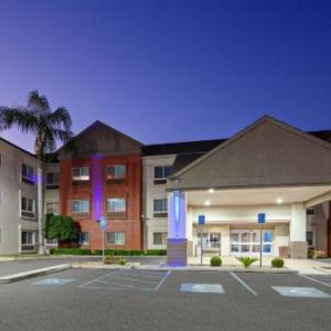 Tulare County Fair Hotels - Holiday Inn Express & Suites -Tulare