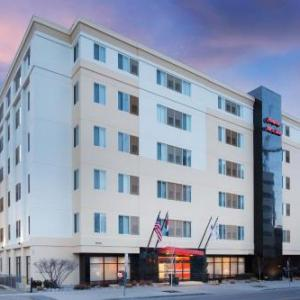 Cervantes Denver Hotels - Hampton Inn & Suites Denver-Downtown Co