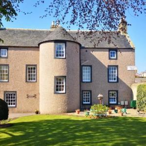 Hotels near Elgin Academy - Lossiemouth House
