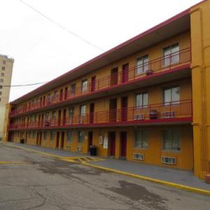 Budgetel Inn and Suites - Louisville KY, 40218