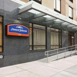 Hotels near Forest Hills Jewish Center - Howard Johnson Inn Queens Airtrain Jfk
