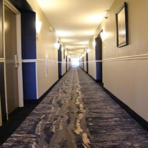 Best Western Plus Kansas City Airport -KCI East