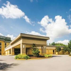 Chesapeake Arts Center Hotels - La Quinta Inn And Suites Baltimore South/Glen Burnie