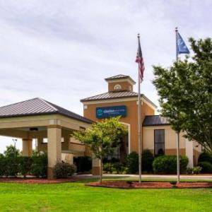 Jones County Civic Center Hotels - Holiday Inn Express New Bern