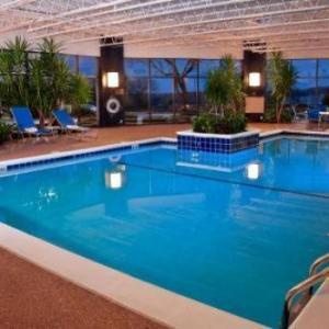 Gundaker Theater Hotels - DoubleTree Saint Louis Westport