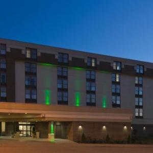Hotels near Ohio State Reformatory - Holiday Inn Hotel & Suites Mansfield-conference Center