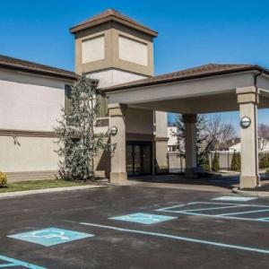 Hotels near Arm & Hammer Park - Quality Inn & Suites NJ State Capital Area