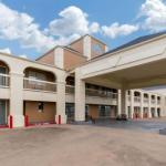 Quality Inn Clute Freeport