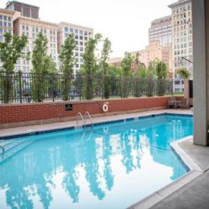 James S Trent Arena Hotels - Crowne Plaza Hotel Dayton