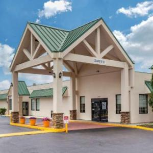 Quality Inn & Suites Hanes Mall