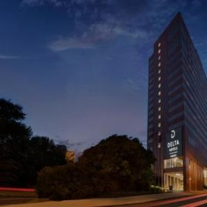 Hotels near Brown's Island - Crowne Plaza Richmond Downtown