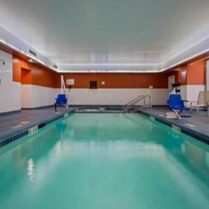 Hotels near Joe Louis Arena - Crowne Plaza Detroit Convention Center
