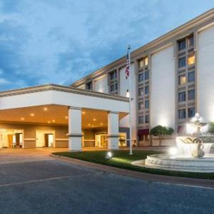 Hotels near McNease Convention Center - Clarion Hotel San Angelo