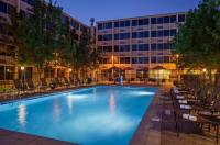 Doubletree By Hilton Hotel Denver - Stapleton North Image