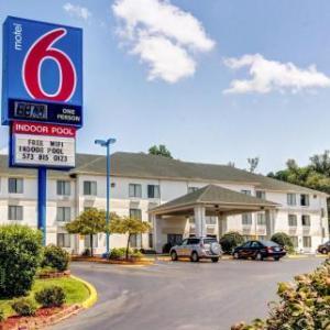 Motel 6 Columbia Mo