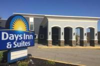 Springdale Inn & Suites Image