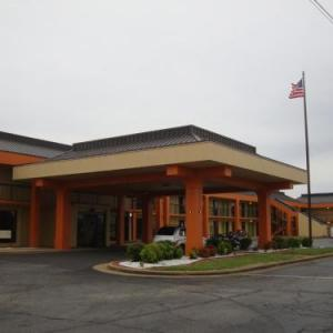 Econo Lodge Inn & Suites Jackson