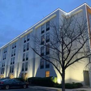 Chesapeake Employers Insurance Arena Hotels - Wingate by Wyndham Baltimore BWI Airport