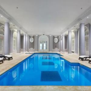 King's College London Hotels - The Waldorf Hilton